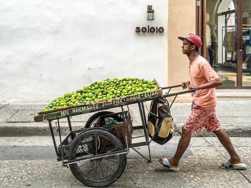 Straßenverkäufer in Kolumbien