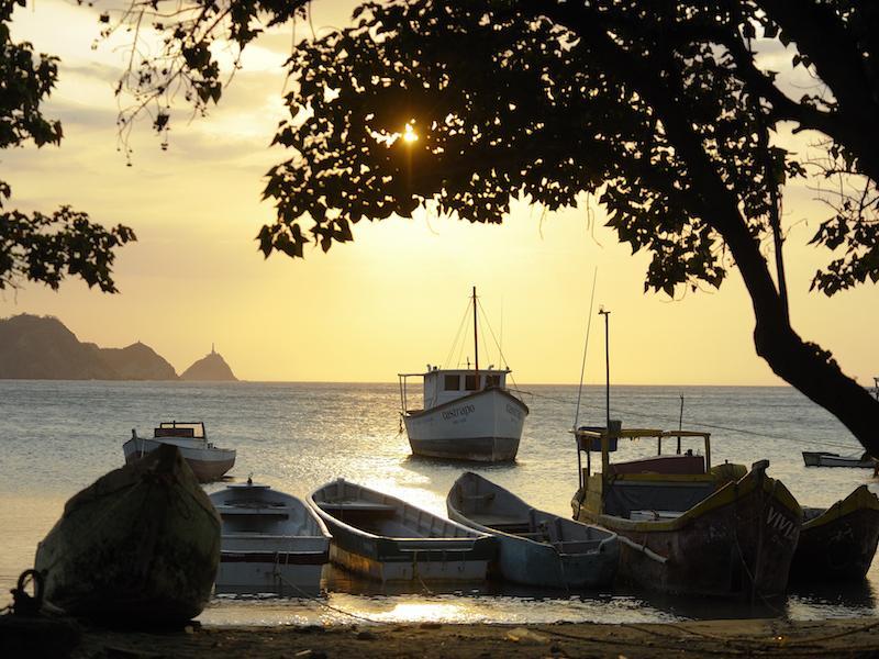 Bucht mit Booten in Santa Marta